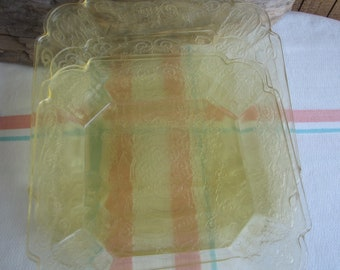 Lorain Yellow Depression Glass 1929-1932 6 plates Indiana Glass Co.