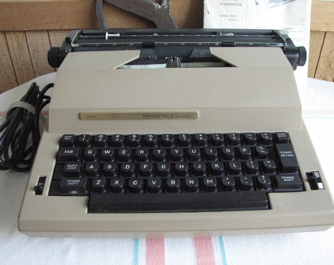 Sears Electric Portable Typewriter 1984 Vintage Typewriters Model #161.53150