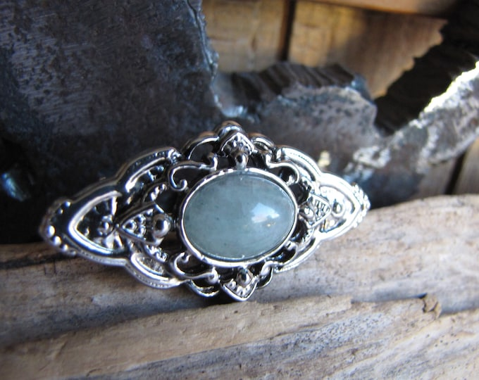 Silver-toned Collar Brooch with Blue Stone Vintage Jewelry and Accessories