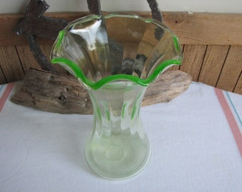 Green Depression Glass Vase Vintage Florist Ware and Flower Bouquets Ruffled
