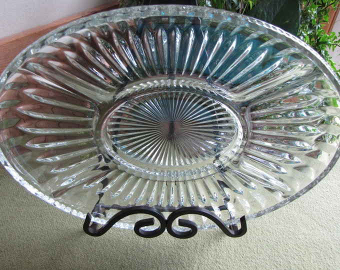 Vintage Divided Relish Tray Oval Ribbed Design Vintage Kitchen Indiana Glass Co.