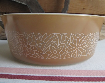Pyrex Woodland Casserole One Quart Vintage Kitchens and Cookware Corelle by Corning Ware 1978-1983