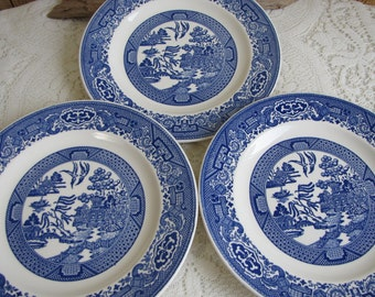 Blue Willow Luncheon Plates Royal China Three (3) Plates Vintage Dinnerware and Replacements Plate Walls and Home Decor