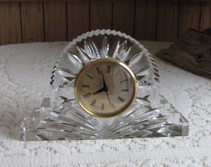Czech Crystal Mantel Clock Quartz Clock and 24% Lead Crystal Vintage Timepieces