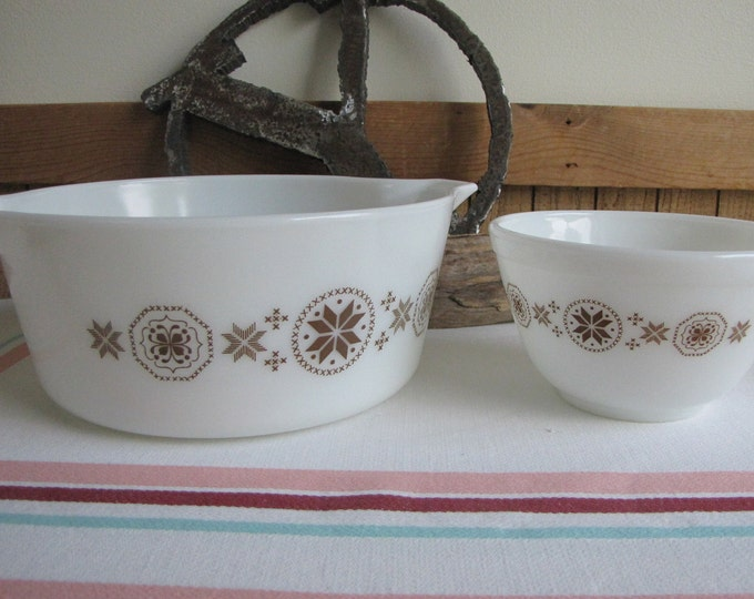 Pyrex Town and Country Casserole and Small Mixing Bowl Vintage Cook and Ovenware 1963-1967