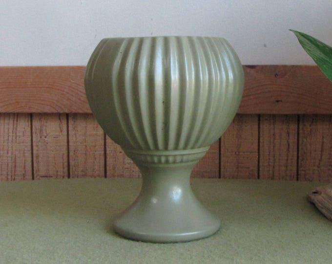 Green McCoy Floraline #407 Planter Vintage Planters and Pots Vintage Home Decor