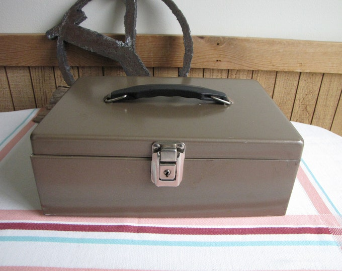 Metal Cash Box Vintage Boxes and Storage Industrial and Office