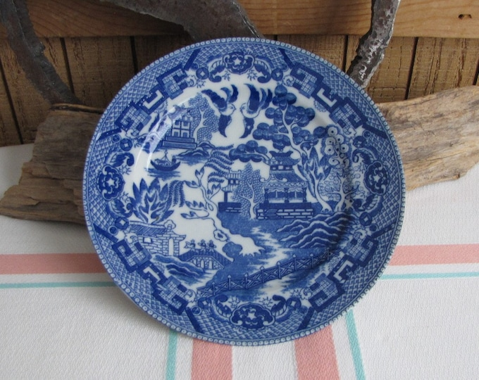 Blue Willow small wall plate