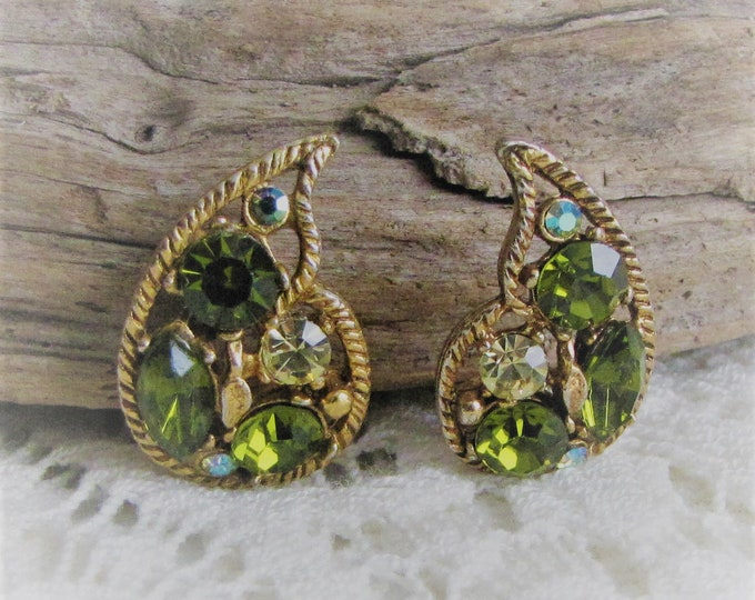 Paisley Green Rhinestone Clip-On Earrings Vintage Jewelry and Accessories