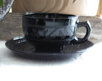 Black Cloverleaf Cups and Saucers 1930-1936 Hazel Atlas Depression Glass Vintage Dinnerware and Replacements Set of Four (4)