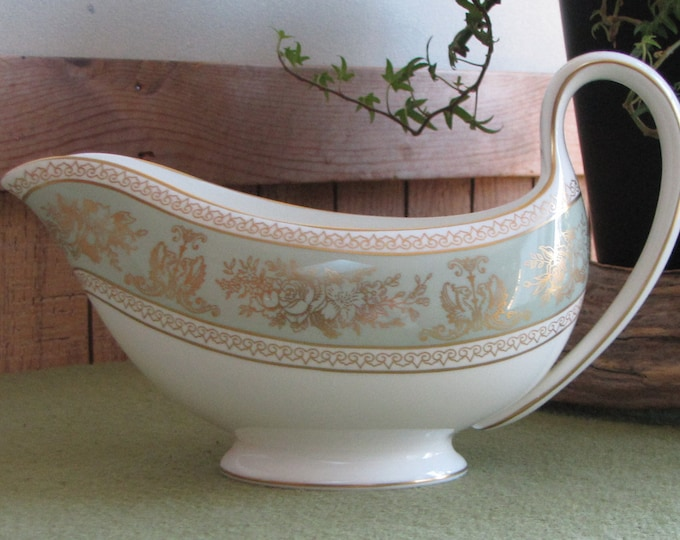 Wedgwood Gold Columbia gravy boat Vintage Dinnerware and Replacements