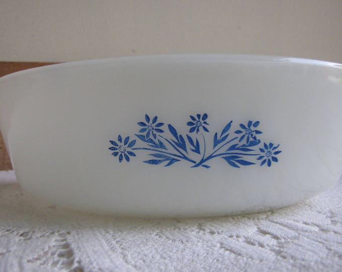 Fire King Blue Cornflower Casserole Dish Anchor Hocking White 1.5 Quart Circa 1970s Vintage Kitchen and Ovenware