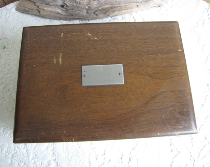 Vintage Walnut Humidor Cigar Box Pattberg Novelty Company