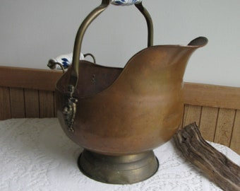 Large Copper Scuttle Blue Delft Ceramic Handles Vintage Home Decor and Fireplaces