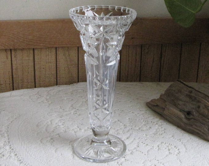 Crystal Vase Cut Glass Etched Waffle and Stars Vintage Flower Vases and Florist Ware