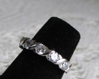 Sterling Silver and Cubic Zirconia X Ring Vintage Row Anniversary Ring Jewelry and Accessories