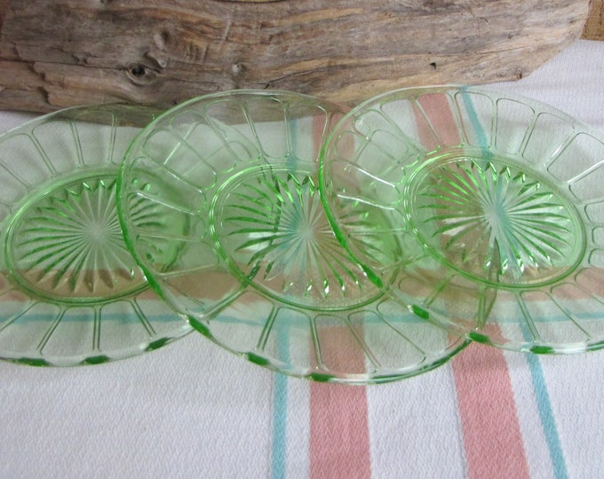Green Depression Glass Bread Plates Hazel Atlas Ribbon Green 1930 – 1935 Set of Three (3) Vintage Dinnerware and Replacements