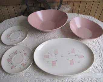 Metlox Tickled Pink Bowls Speckled Vegetable Serving Bowl 1958 to 1965 Vintage Dinnerware and Replacements Five (5) Pieces