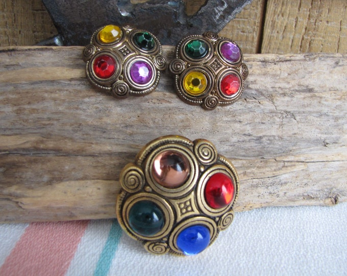 Clip on Earrings and Shoe Clip Vintage Jewelry and Accessories