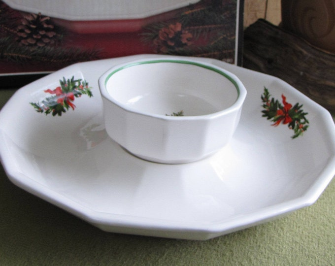 Pflatzgraff Christmas Heritage chip and dip bowl Vintage Dinnerware and Replacements