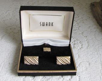 Swank Cuff Links Gold Toned Cuff Links and Tie Tac Vintage Men's Jewelry and Accessories Formal Wear