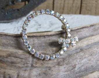 Rhinestone Circle Brooch Vintage Jewelry and Accessories