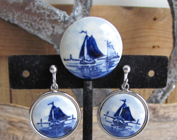 Blue Delft Earrings and Brooch Set Vintage Jewelry and Accessories Sailboats