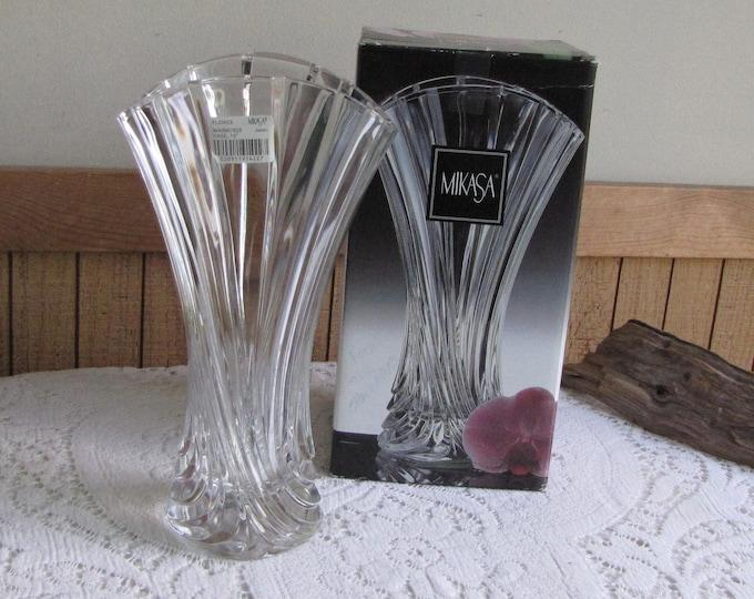 Mikasa Flores Crystal Vase Vintage Florist Ware and Flor Bouquets