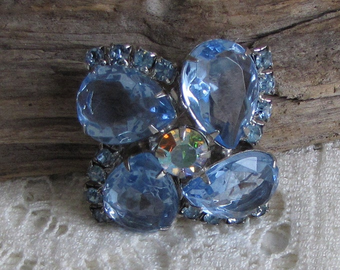 Blue Rhinestone Floral Brooch Silver Toned Vintage Jewelry and Accessories