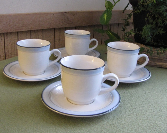 Johann Haviland Blue Bouquet Coffee Cups and Saucers Set of Four (4) Crowning Fashion Vintage Dinnerware