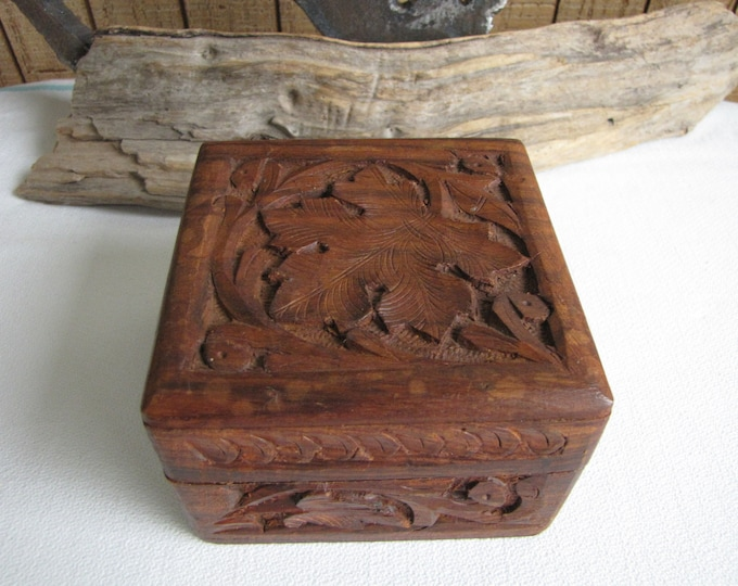 Wooden Box Made in India Small Carved Leaf Box Vintage Wood Boxes and Storage Jewelry Box