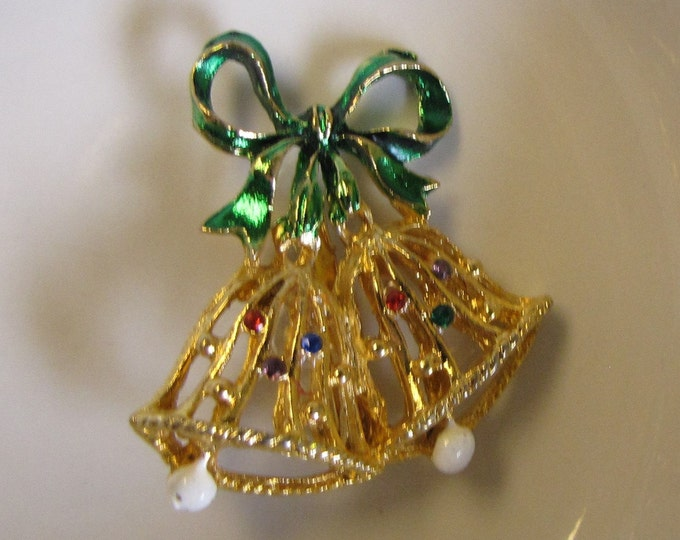 Christmas Bells Brooch Vintage Holiday Jewelry and Accessories