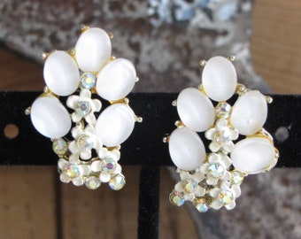 BSK White Lucite Earrings Clip Ons Vintage Jewelry and Accessories