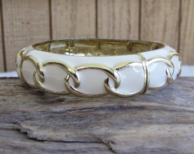 Vintage Gold Toned and Enameled Cream-Colored Bracelet With Gold Toned Chain Link Design A Stretchy Bracelet Vintage Jewelry and Accessories