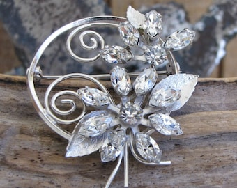 Floral Brooch Silver Toned and Rhinestones Vintage Jewelry and Accessories