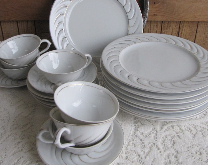 Occupied Japan Dinnerware Cream and Gold Swirled 22 pieces Vintage Dinnerware and Replacements