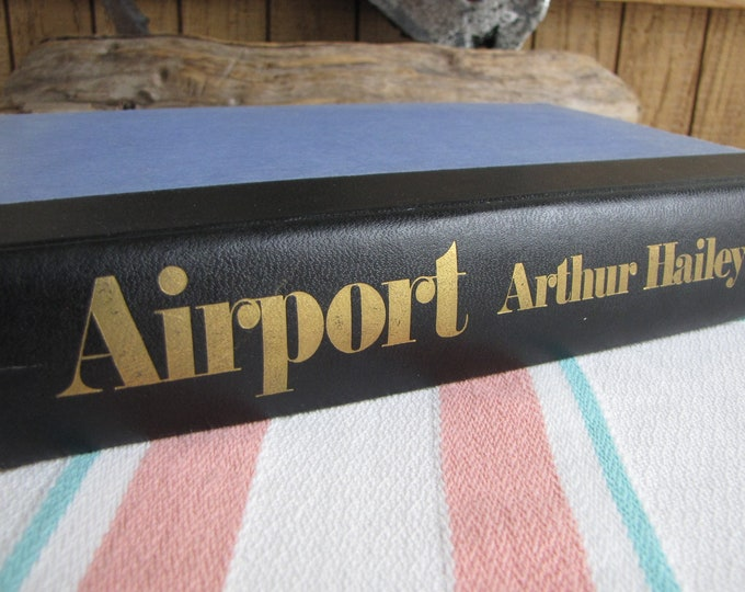 Arthur Hailey's Airport 1st Edition Vintage Books Fiction and Literature
