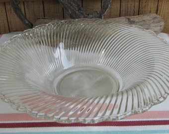 Diana coffee table bowl Depression Glass 1937-1941 Federal Glass Co.