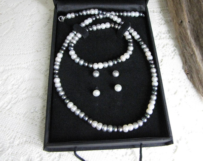 Honora Collection Pearls Set Vintage Women's Jewelry and Accessories