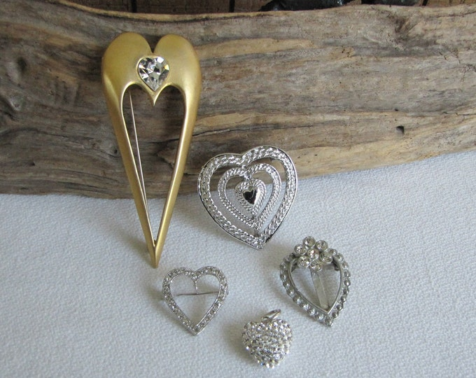 Heart Brooches of Lot of Five (5) Heart-shaped Vintage Brooches Jewelry and Accessories