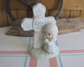 Precious Moments Love Blooms Eternal Figurine Sailboat Symbol 195