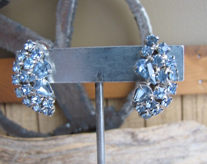 Ice Blue rhinestones earrings clip ons Vintage Jewelry and Accessories