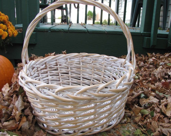 Willow Basket White and Large Vintage Baskets