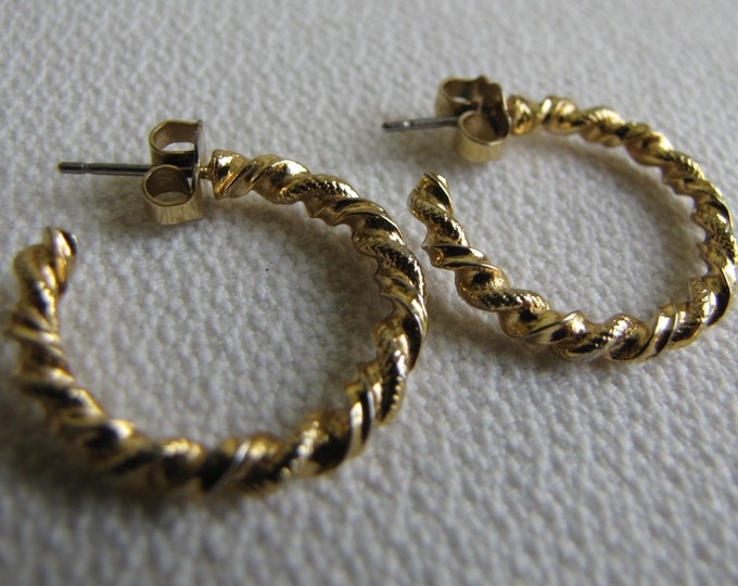 Twisted Gold Toned Hoops Earrings Vintage Jewelry and Accessories