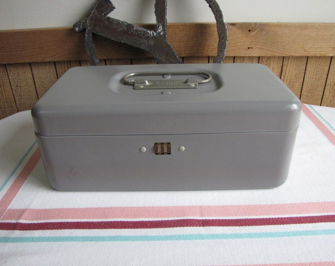 Metal Tool Box with Combination Lock/Closure Vintage Boxes and Storage