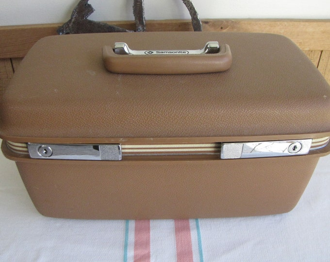 Samsonite Train Case 1970s Vintage Luggage and Travel