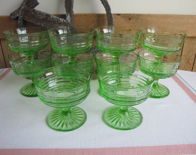 Green Depression Glass Sherbet or Ice Cream Cups Anchor Hocking Circle Vintage Dinnerware and Replacements Set of Eleven (11) 1930 to 1935