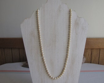 Faux Pearl Necklace Vintage Jewelry and Accessories