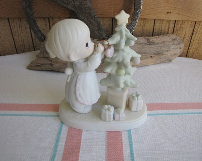 Precious Moments God Cared Enough to Send His Best Figurine Heart Symbol (1996) Retired