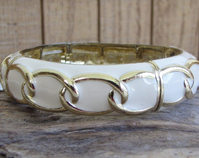 Stretchy Bracelet Cream-Colored With Gold Toned Chain Link Vintage Jewelry and Accessories